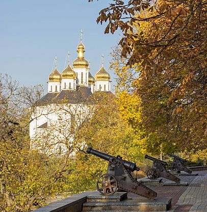 406px-2014_chernihiv_гармати_з_бастіонів_чернігівської_фортеці_фото_2.jpg.jpg