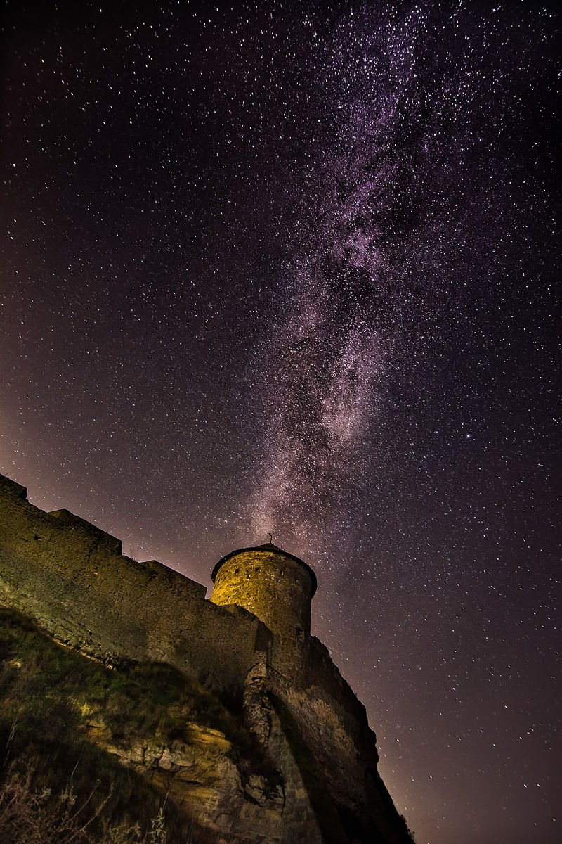 Milky way over the fortress
